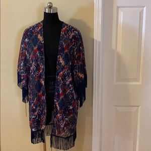 Sweaters - ⭐️2/$15⭐️ NWOT Sheer Fringed Kimono